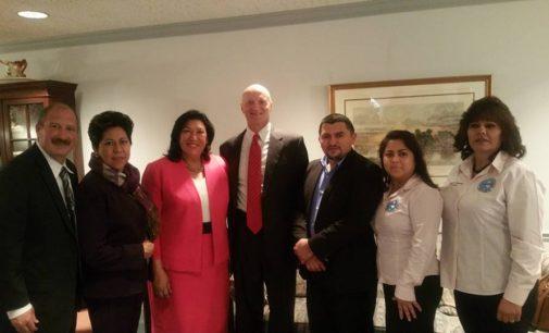 Campaña de Trump quiere escuchar a jóvenes con DACA en Carolina del Norte