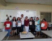Anuncian ayuda financiera para latinos que se inscriban a clases de ciudadanía