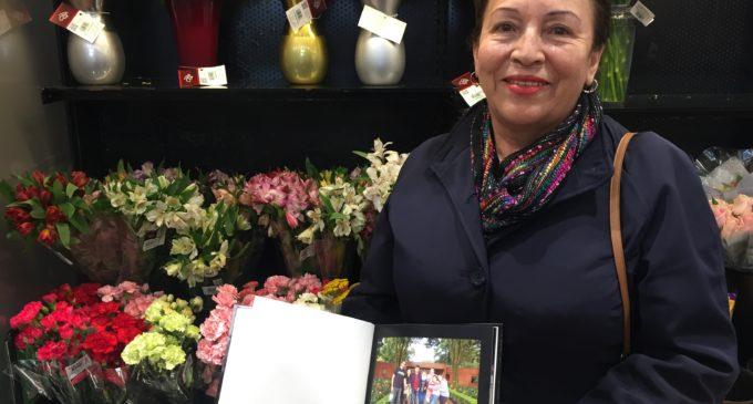 Abuela colombiana aspira seguir sus estudios luego de hacerse ciudadana