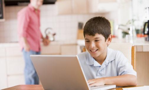 ¿Cómo proteger a nuestros hijos de un mal uso del Internet?