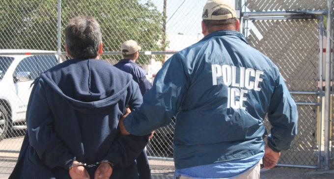 Trump amplía prioridades para deportar inmigrantes