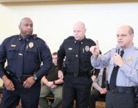 Más jefes de policía reafirman que no establecerán acuerdos con inmigración