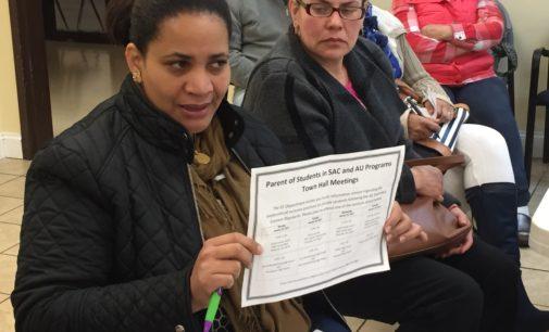 CMS dice que niños especiales no perderán beneficios pese a cambios en asignación escolar
