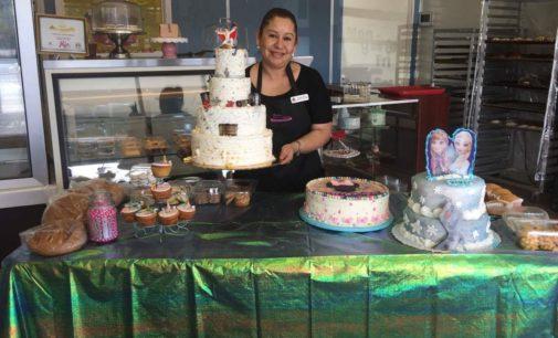 Con trabajo y empeño panadera mexicana logra su sueño de ser empresaria