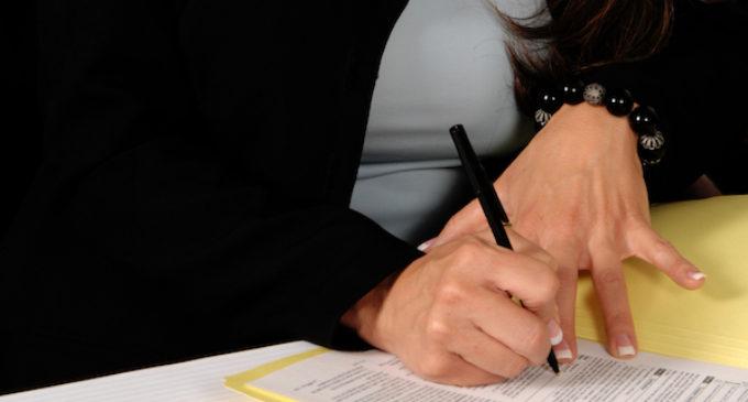 IRS no comparte información de contribuyentes con inmigración