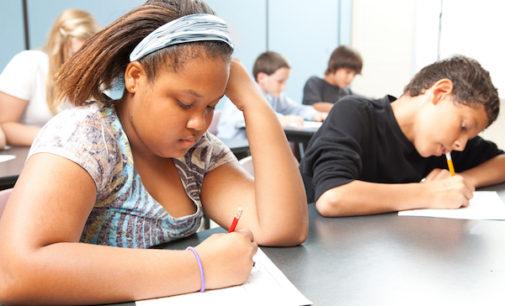 Padres podrán recibir notificaciones escolares por mensajes de texto y correos electrónicos