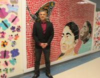 """Develan el mural 34 de """"Caras de la Diversidad"""" en escuela local"""