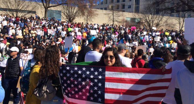 Convocan a otro día sin inmigrantes el 1ro de mayo