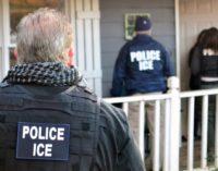 Si un inmigrante tiene una orden de deportación ¿debería mudarse?