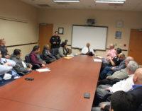 """Convocan a """"sesión de escuchar"""" para mejorar relación de la comunidad con la policía"""