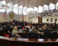 Plan de presupuesto aprobado por el Senado estatal reduciría impuestos
