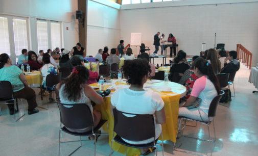 Organizaciones intercambian información en asamblea comunitaria