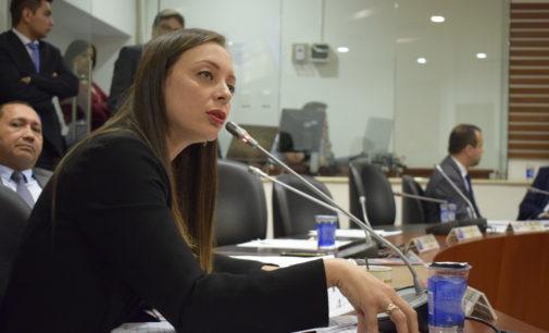 Logran amnistía para que jóvenes colombianos en el exterior obtengan libreta militar
