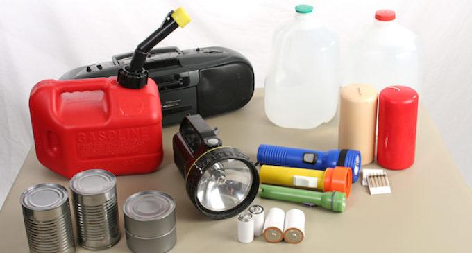 Urgen a comunidad a prepararse para temporada de huracanes
