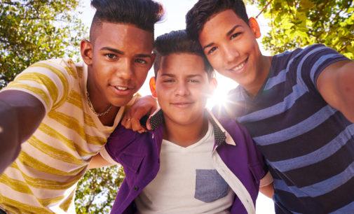 Nuevo programa busca mantener a los jóvenes ocupados durante el verano