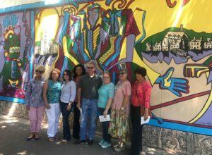 """Restauran mural """"La Luz de la Diversidad"""" en Winston-Salem"""