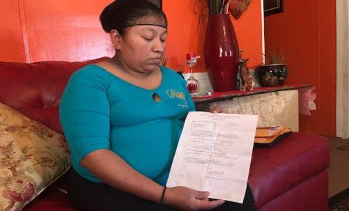 Miles de casos cerrados administrativamente por Inmigración estarían siendo reabiertos