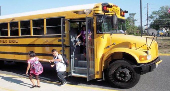 Más de 40,000 estudiantes en Wake regresan a la escuela en julio
