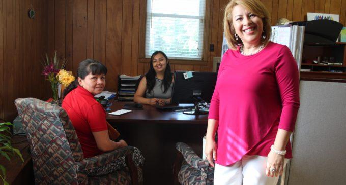 """En agosto se abriría la """"ventanilla consular"""" de El Salvador en UNISAL"""
