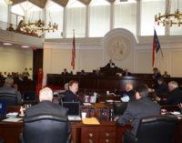 Asamblea General convierte en ley presupuesto estatal pese a oposición de gobernador