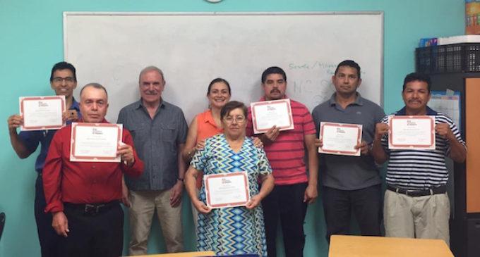 Más de 200 inmigrantes se benefician de los talleres de ciudadanía de El Centro Hispano