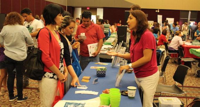 """Invitan a latinos a participar en la conferencia """"Vive tu Ciudad"""""""