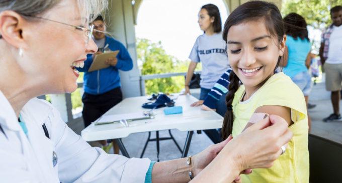 Realizan jornadas de vacunación para niños que entran a la escuela
