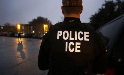 Arrestan en Carolina del Norte a trabajadores latinos en nuevo operativos migratorio