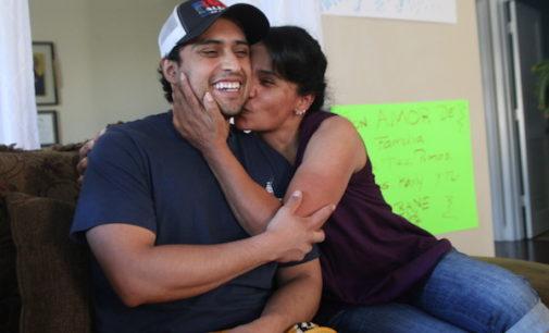 Soñador lucha por reconstruir su vida tras once meses en centro de detención de inmigración