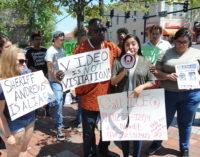 Protestan contra políticas del alguacil del condado de Durham
