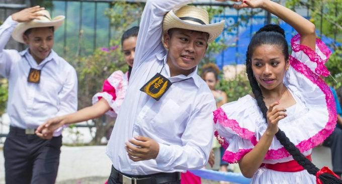 Países latinoamericanos celebran sus fiestas patrias en el mes de la hispanidad