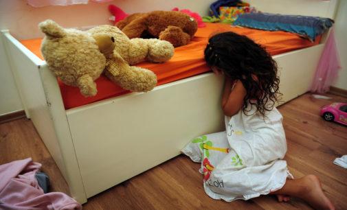 Investigan cerca de 14,000 casos de abuso o negligencia en niños latinos en Carolina del Norte