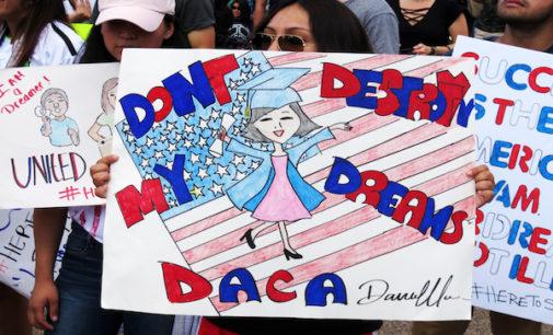 Realizarán varias clínicas legales gratuitas para renovar DACA