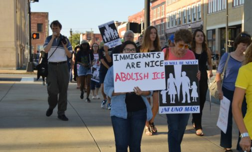 Realizan actos simultáneos para apoyar a inmigrantes acogidos en iglesias santuario