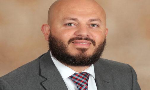 Nicaragüense es elegido como Asistente de Director de Escuela del año