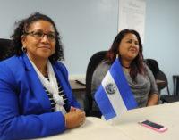 Viceministra para los Salvadoreños en el Exterior visitó ventanillas consulares en Carolina del Norte