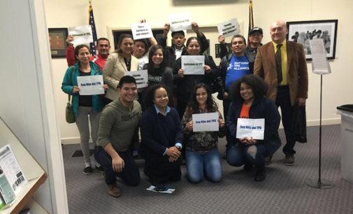 """Concejos municipales de Carrboro y Chapel Hill expresan apoyo a los """"tepesianos"""""""