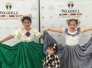 Galería de fotos: Festival Latino Waddell-Fotografías del alumno Eddie Abril.