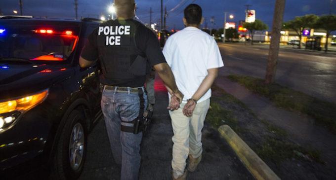 Hondureños y guatemaltecos tienen menos representación legal ante cortes migratorias