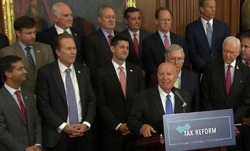 Solo un republicano de Carolina del Norte votó en contra de la reforma de impuestos