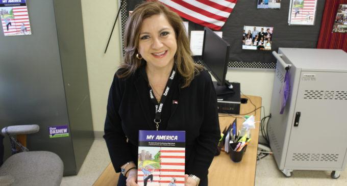 Nhora Gómez Saxon: La maestra que transforma vidas enseñando español