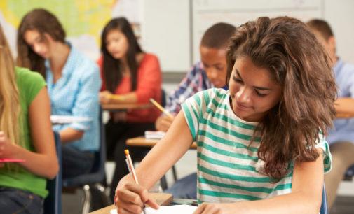 Más de 100,000 niños inmigrantes aprenden inglés en escuelas de Carolina del Norte
