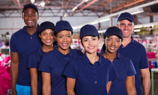 Uno de cada cuatro soñadores trabaja en el sector de la recreación y los alimentos