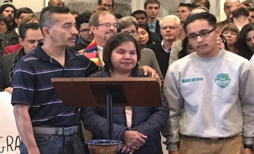 Piden a congresistas interceder por inmigrante que entró en santuario en Durham