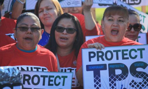 Gobierno da última prórroga de TPS a salvadoreños y cancela el programa