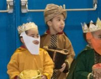 Celebran en escuelita bilingüe el Día de Reyes