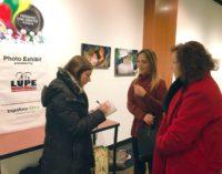 Exhibición de fotografía latina llega a Elon