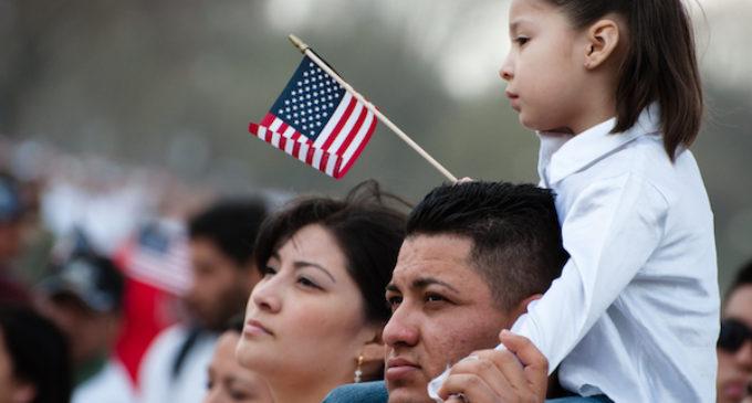 Carolina del Norte sufriría económicamente con propuesta de ley migratoria republicana