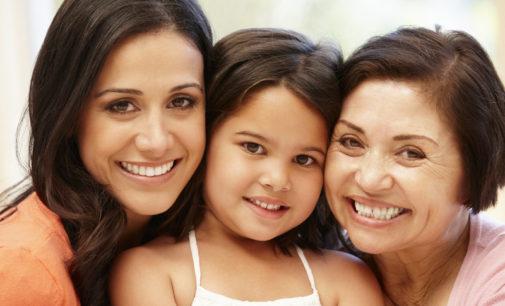 Cómo lograr armonía en la crianza de los hijos con las abuelas y tías