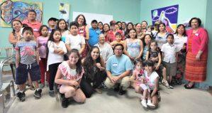 Foto de todos los miembros de las familias indemnizadas.